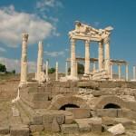 Древнегреческая голытьба и её, типа, боги.